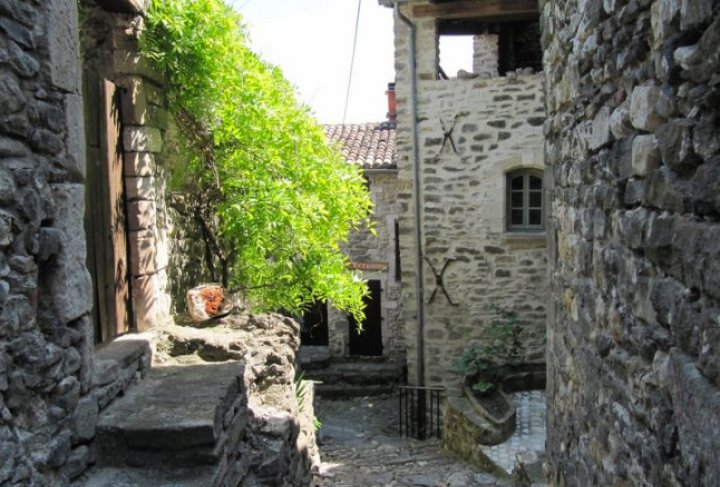 Visite guid e de la vieille ville d couvrir office de - Office de tourisme andorre la vieille ...
